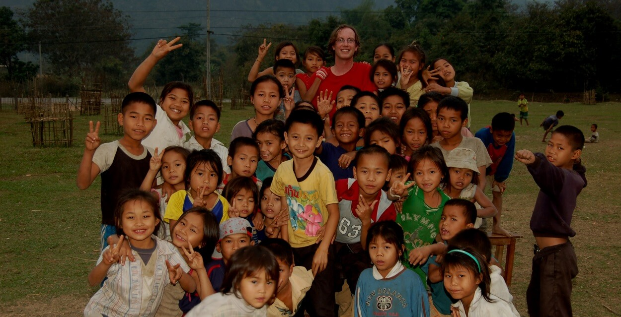 history volunteer abroad alliance