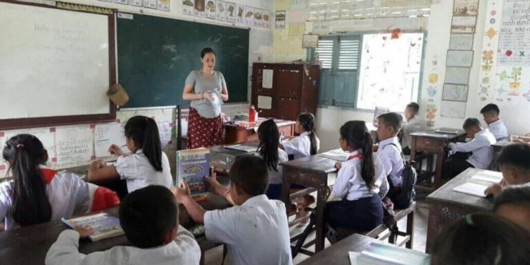 Teach English in Laos