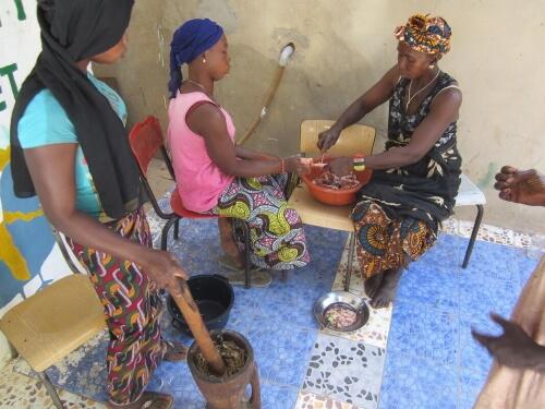 volunteer abroad alliance - gambia - Jammeh Kunda - meals